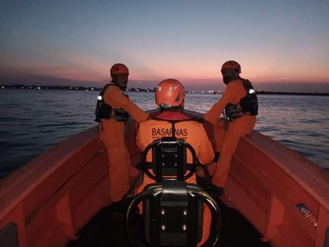Pemancing Terjatuh ke Laut dari Tebing Pantai Water Blow Badung, Korban Belum Ditemukan
